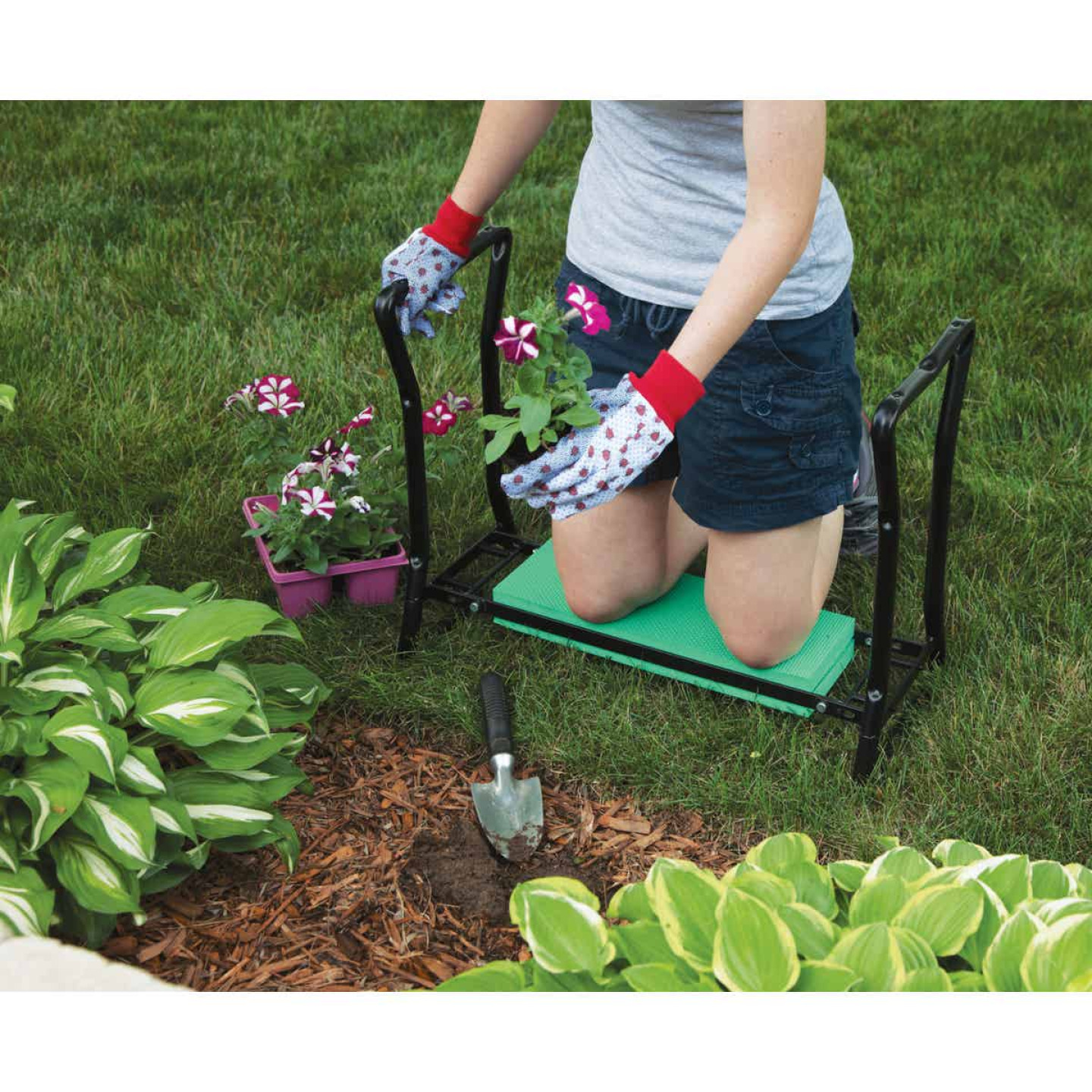 Best Garden Green Foam Pad w/Black Steel Frame Garden Kneeler Bench Image 3